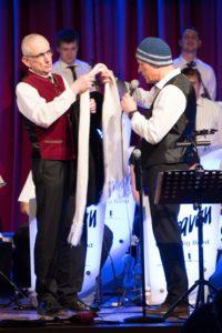 """John Rogers + Franz-Josef Schwade beim """"Entré"""""""