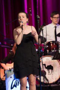 Lena Steffan singt Let's Fall In Love