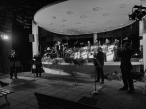 Unsere Trompetensection in Aktion (b&w)
